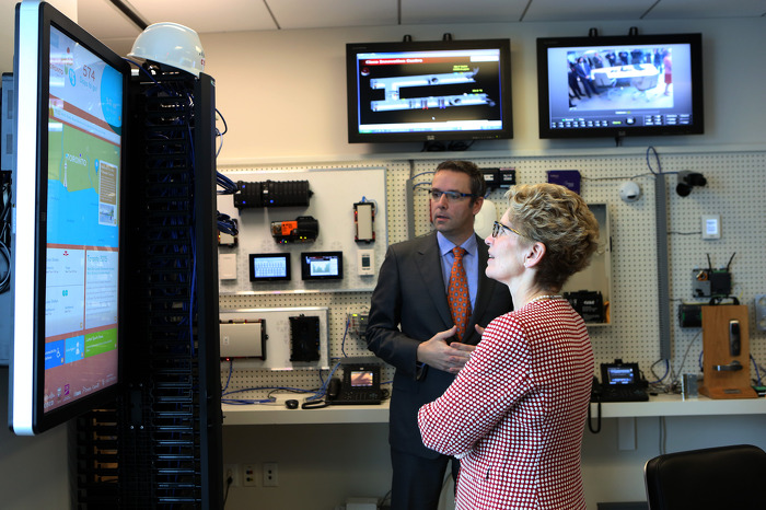 Creating Jobs in Ontario's High Tech Sector