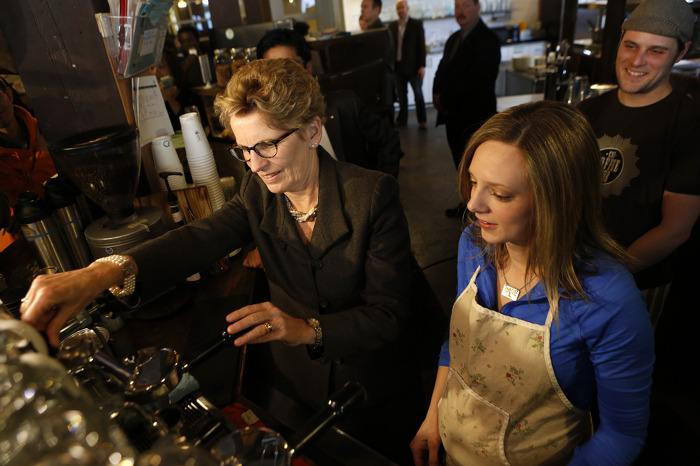 Ontario Increasing Minimum Wage